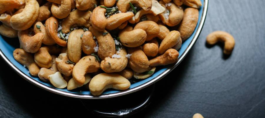 Nuts and seeds for your eye health
